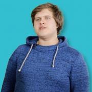 Valerij, (23) Ausbildung zur Pflegefachkraft in der stationären Pflege